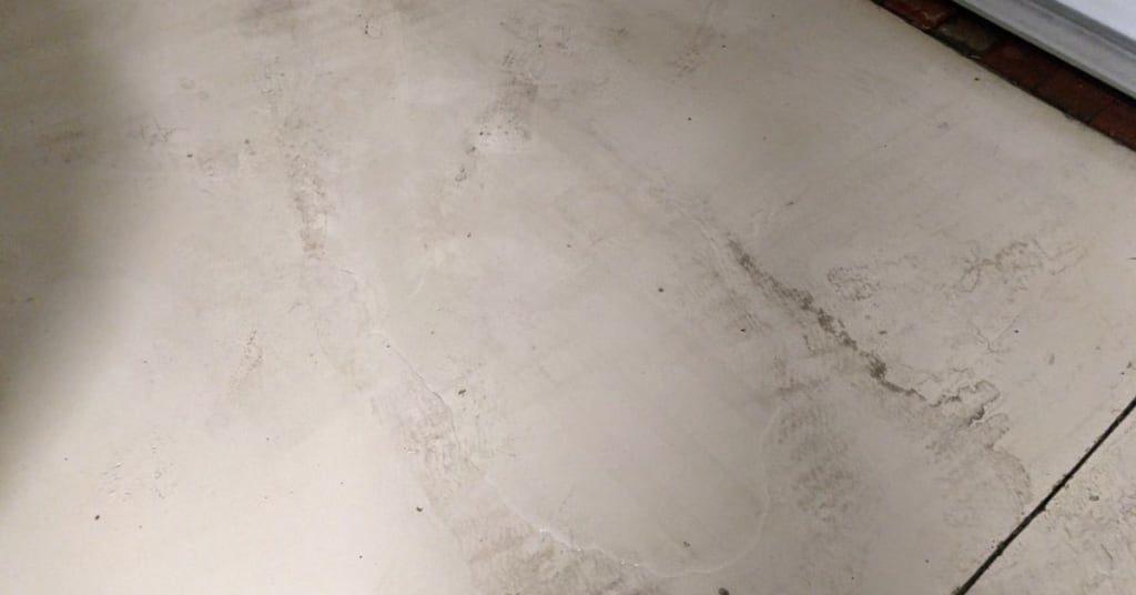 6111 yeats manor dr water accumulation garage floor lennar construction issues slip hazard 2